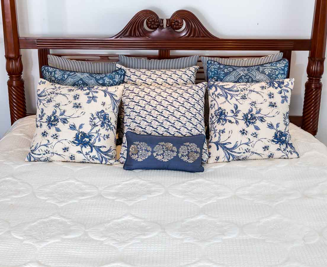 Mehrab Bed Cover Good Earth l The Past Perfect Collection l Singapore