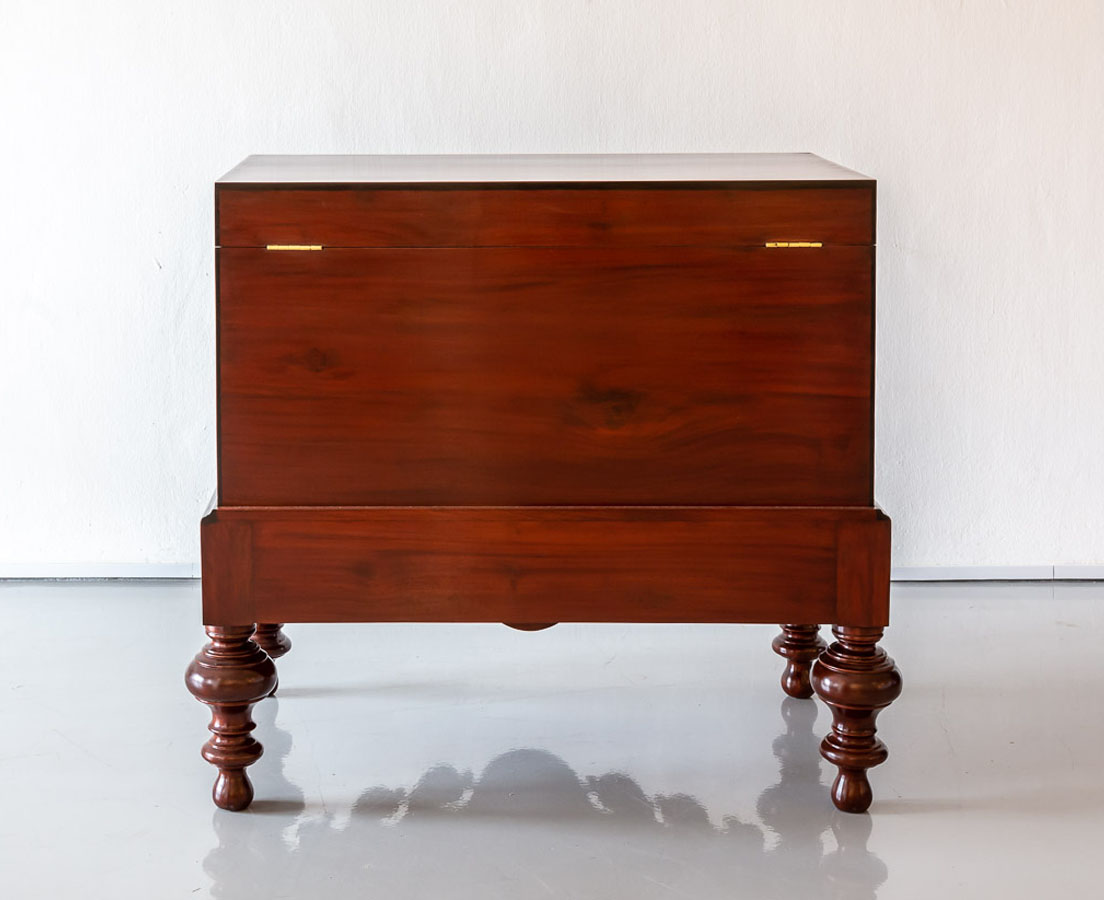 CHE-142 8L Dutch Colonial Mahogany & Ebony Chest on Stand l The Past Perfect Collection l Singapore